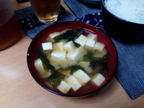 FREETEL SAMURAI 雅(MIYABI)で撮影した味噌汁