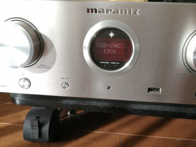 HD-AMP1とMate9を接続
