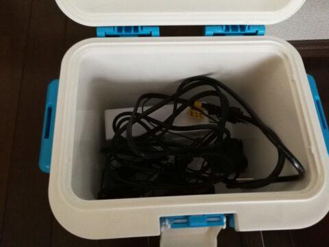 低温調理のすべての部品gがクーラーボックスの中に納まる