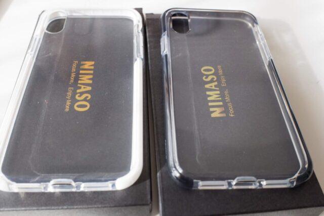 NIMASOのiPhone XR用ケースの白と黒