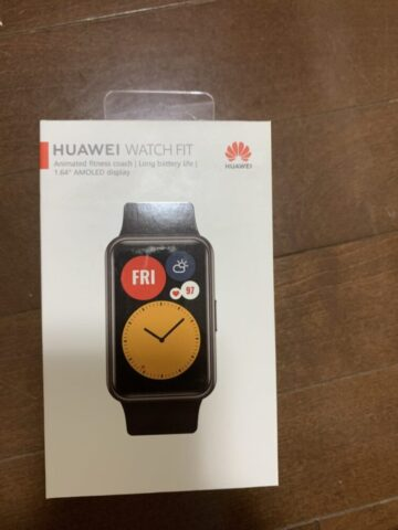 Huawei Watch Fitの外箱